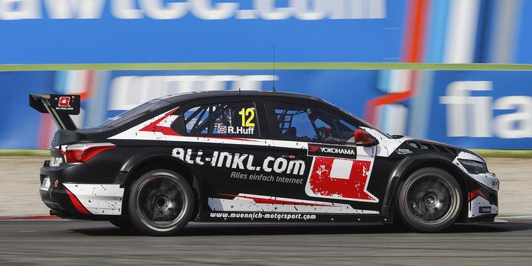 Rob Huff domina el primer día de entrenamientos de pretemporada en Monza