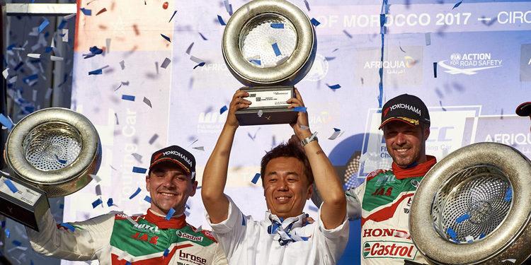 Honda consigue un dominante doblete en Marrakech