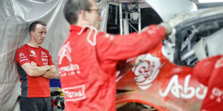 VIDEO | Espectacular trabajo de los mecánicos de Citroën para 'reconstruir' el C3 WRC de Kris Meeke
