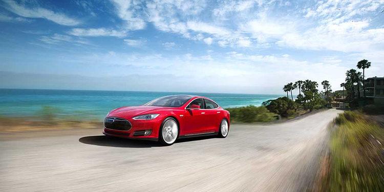 Tesla y Facebook unen fuerzas para crear sistemas manejados por la mente