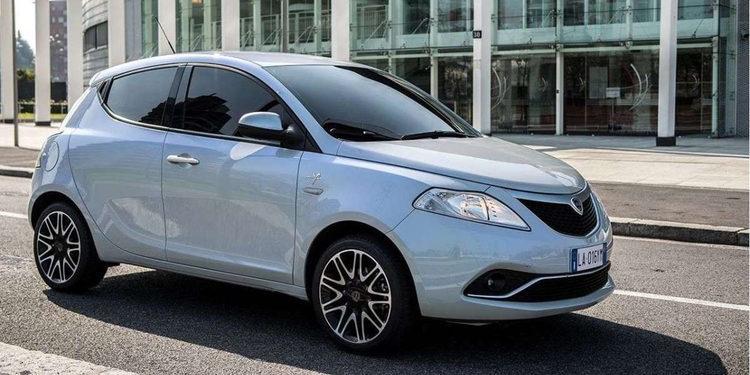 Lancia sigue en declive y cierra sus ventas en España