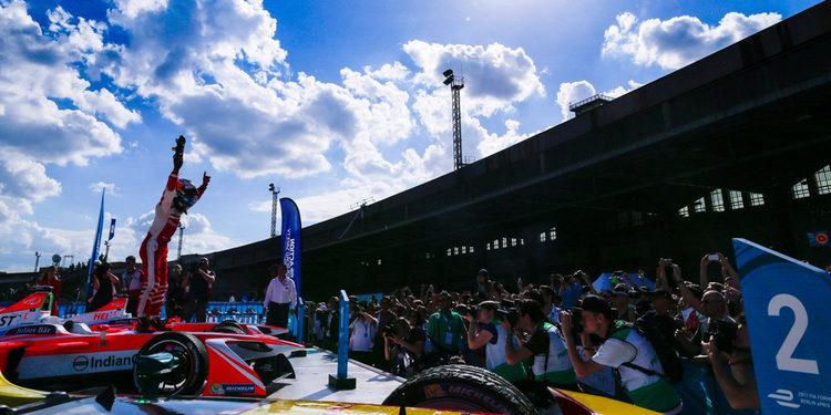 Felix Rosenqvist consigue su primera victoria en la Fórmula E