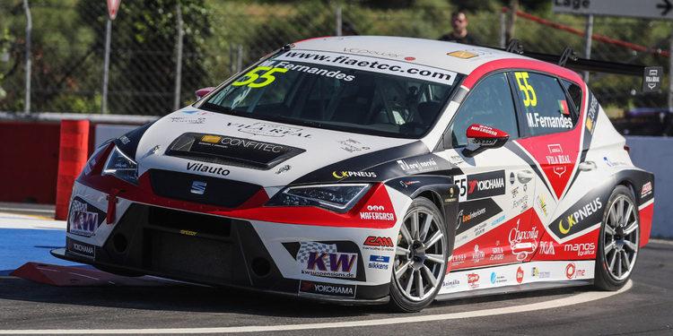 Manuel Fernandes amplía a tres los pilotos de RC Motorsport