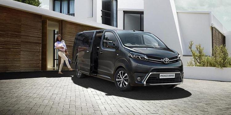 Para los ejecutivos, llegó la Toyota Proace Verso Vip