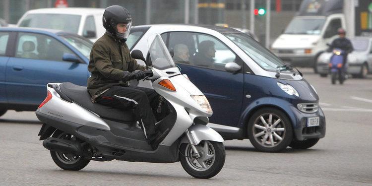 Conduzca su moto eficazmente