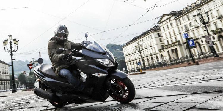 Nueva Suzuki Burgman 400 2017