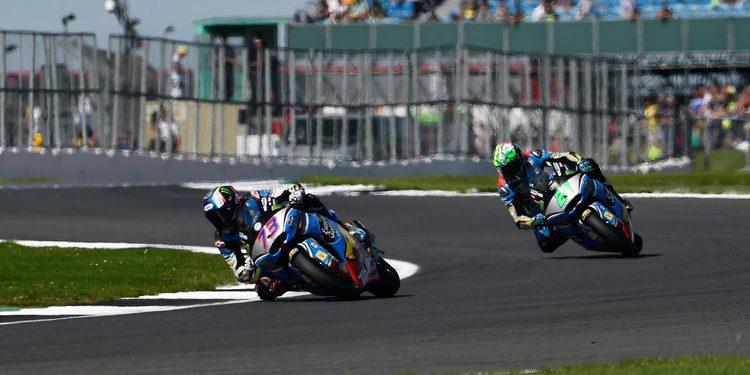 Silverstone deja el Mundial de Moto2 en cosa de dos
