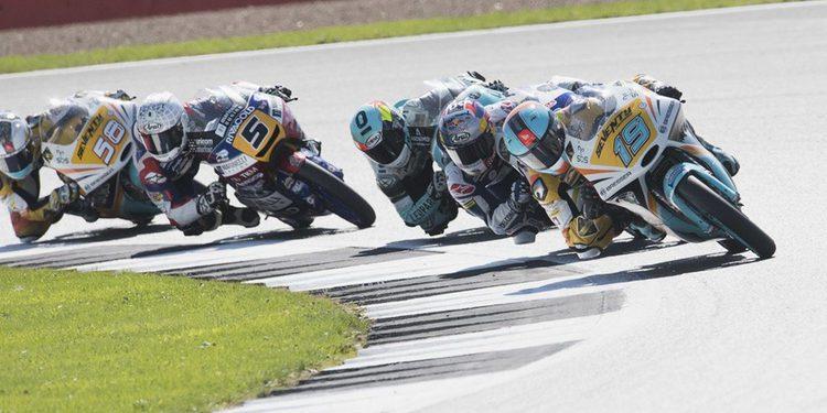 Gran Bretaña ajusta el Mundial de Moto3