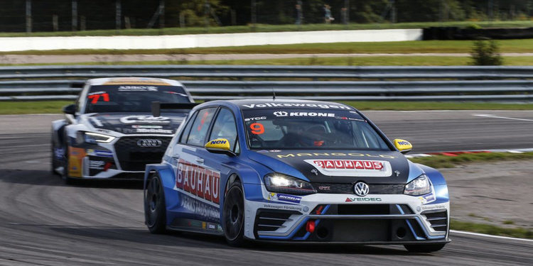 Fredrik Blomstedt se lleva la última carrera de la temporada