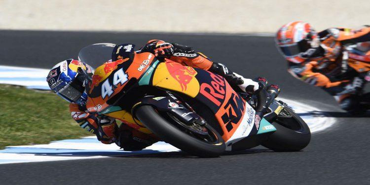 Oliveira se estrena en Moto2 con doblete de KTM