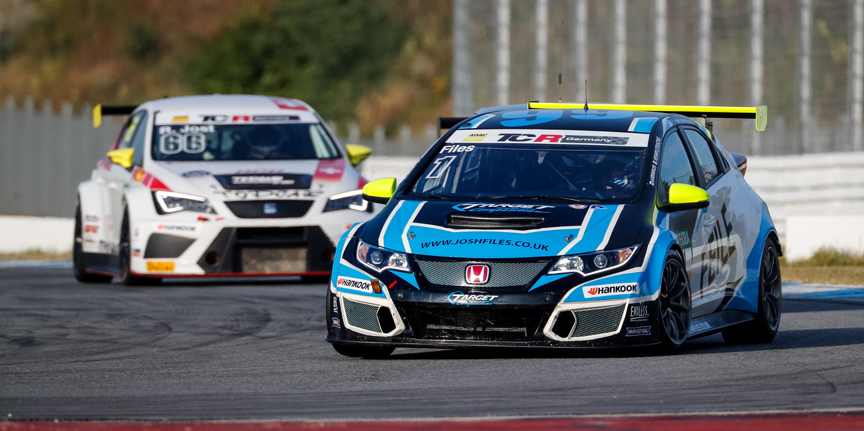 Target Competition lleva a Josh Files y Giacomo Altoè al Trofeo TCR Europa