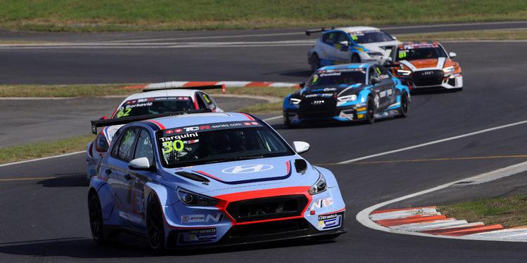 Gabriele Tarquini estará pero no podrá ganar el Trofeo TCR Europa 2017