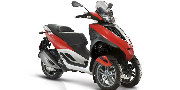 Piaggio presenta su scooter MP3 2017