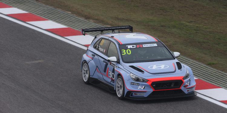 Poles para Gabriele Tarquini y Florian Thoma en el Trofeo TCR Europa