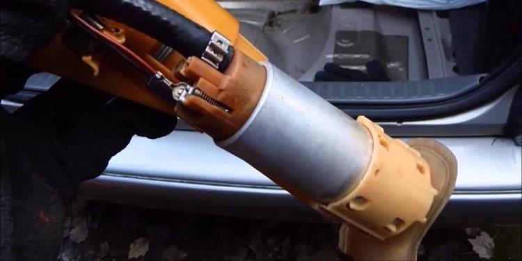 La bomba de gasolina, cuidados y sustitución