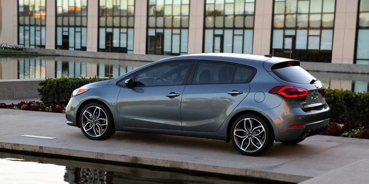 Kia presentó el Cerato Hatch 2018