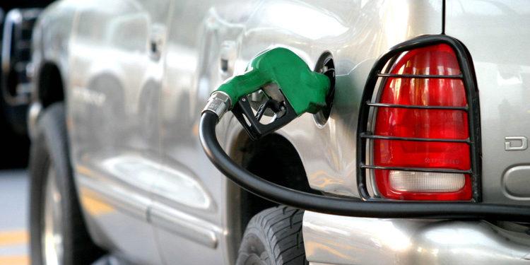 Ahorre gasolina, economice dinero