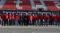 Los jugadores del Barça reciben sus nuevos Audi en Montmeló