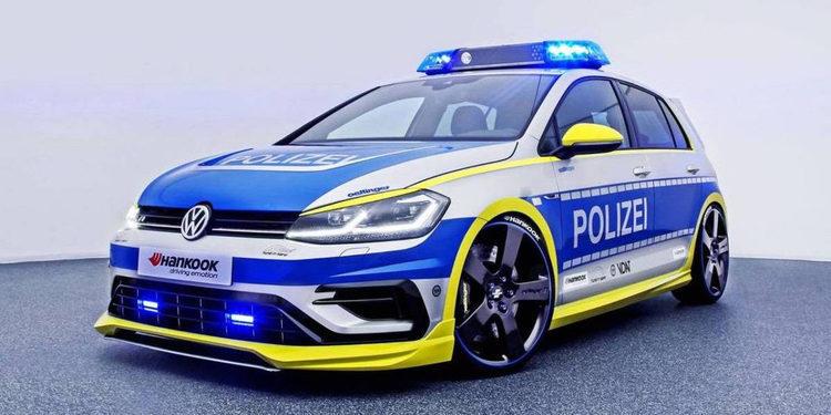 Descubre el poderoso Volkswagen Golf 400R Oettinger de la policía alemana