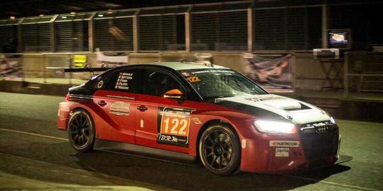 Lorenzo Veglia será el sexto piloto de Pit Lane Competizioni en Yas Marina