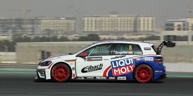 Dominio de Luca Engstler en la primera sesión de Libres en Dubái