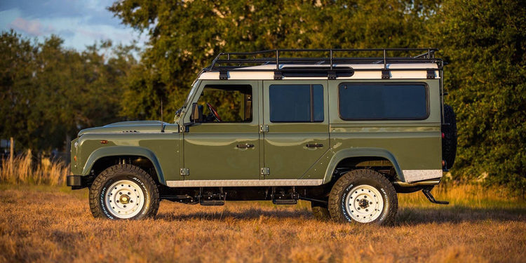 Land Rover Defender 110 actualizado por East Coast Defender