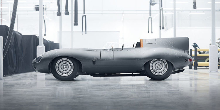 Jaguar trae de vuelta un D Type histórico