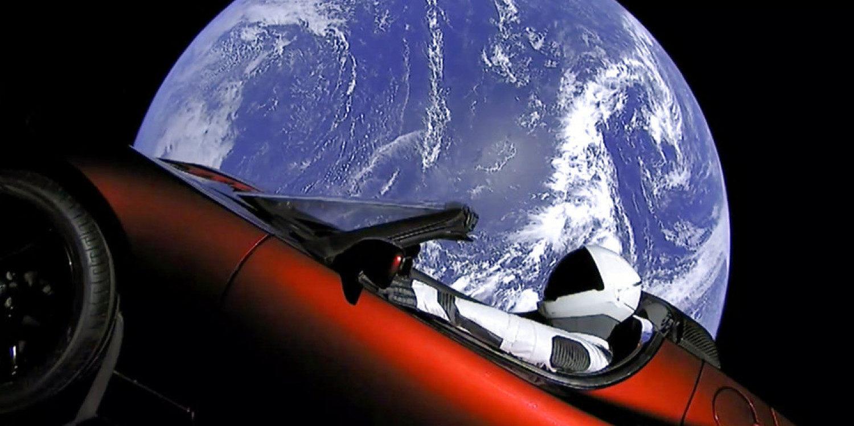 Ya hay un Tesla Roadster en el espacio camino a Marte