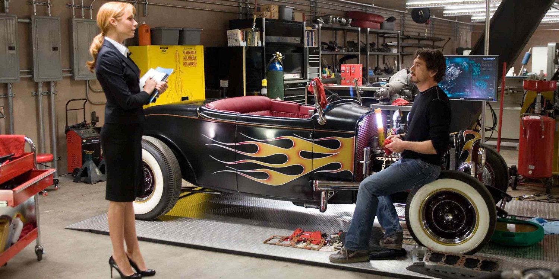 Tony Stark (Iron Man) y su envidiable colección de autos