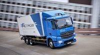 Mercedes-Benz presentó su poderoso eActros