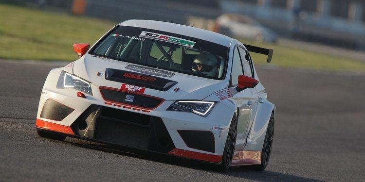 Cambio de coche para South Italy Racing Team para el 2018