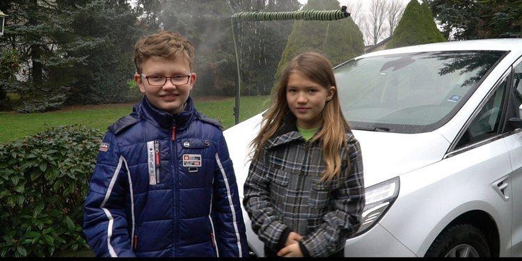 Conoce a los dos niños que idearon un limpiaparabrisas ecológico para Ford