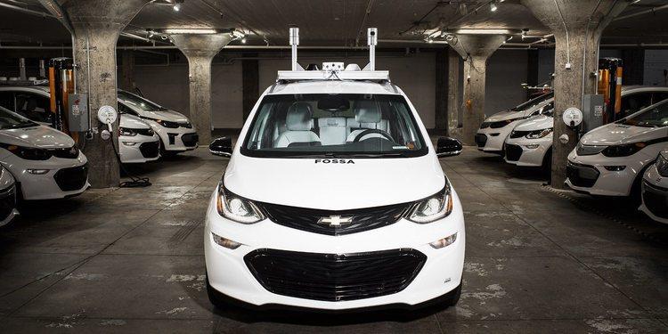 General Motors apresura la conducción autónoma con el Cruise AV