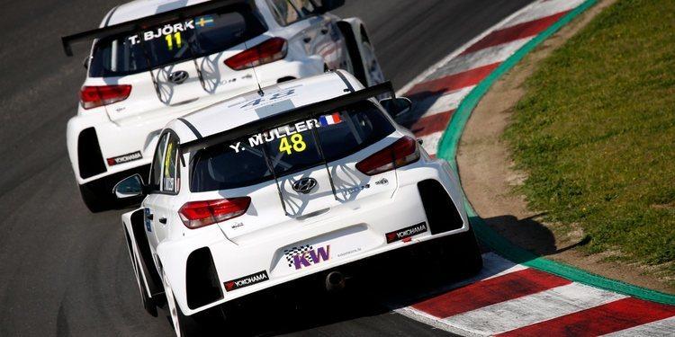 Yvan Muller Racing lidera los Libres 1 en Marrakech