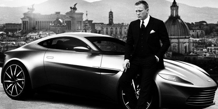 Fue subastado Aston Martin del James Bond, Daniel Craig