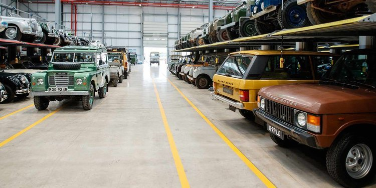 Land Rover cumple 70 años de vida celebrándolo por todo lo alto