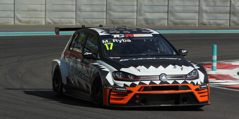 Martin Ryba correrá en Zandvoort con su llamativo Golf GTI TCR