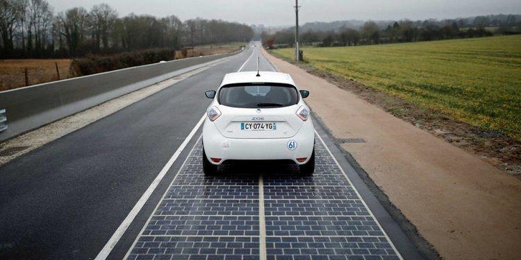 China construye una autopista solar