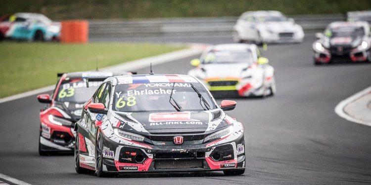 Münnich Motorsport lidera los Libres 1 en Zandvoort