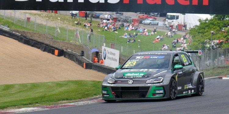 Nueva 'pole' de Daniel Lloyd en las TCR Reino Unido