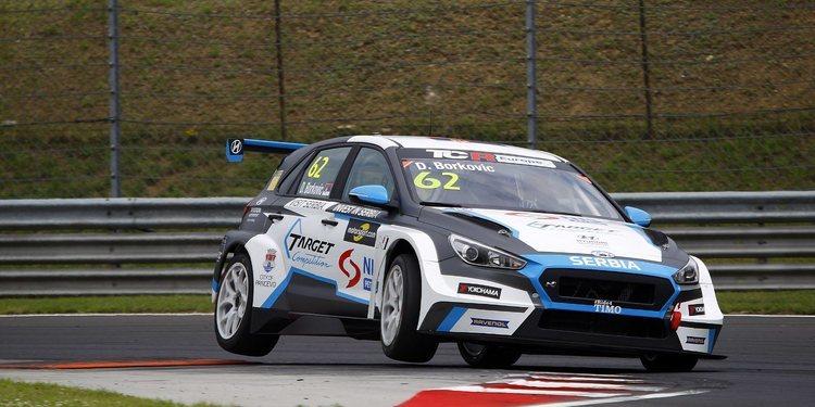 Dusan Borkovic lidera en un triplete de Hyundai en Hungría