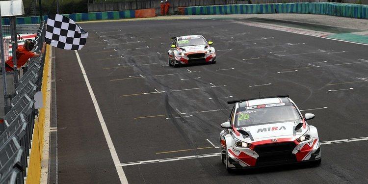 Doblete de M1RA Motorsport para cerrar la ronda en Hungaroring