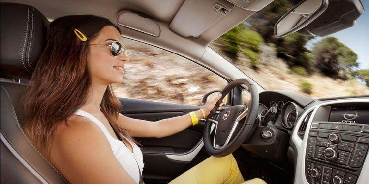 Las gafas de sol y su ayuda a mejorar la conducción