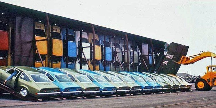 El tren de Chevrolet que transportaba coches en vertical
