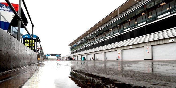La precaria situación de Silverstone deja en evidencia a MotoGP