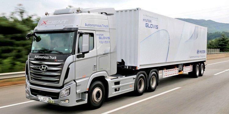 Este camión Xcient autónomo de Hyundai logro viajar 40 kilómetros