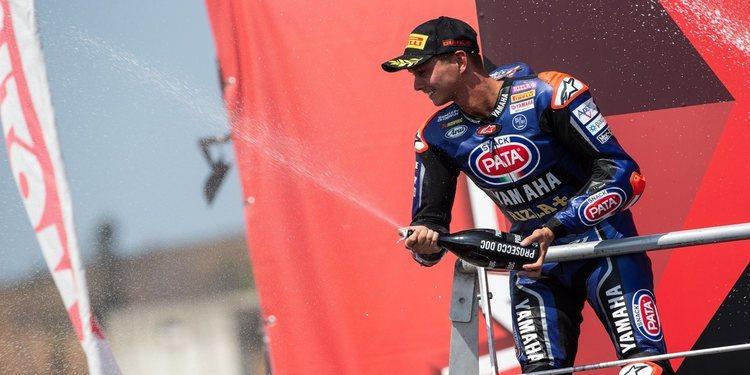 Van der Mark termina luchando por la victoria en la segunda carrera en Portimao