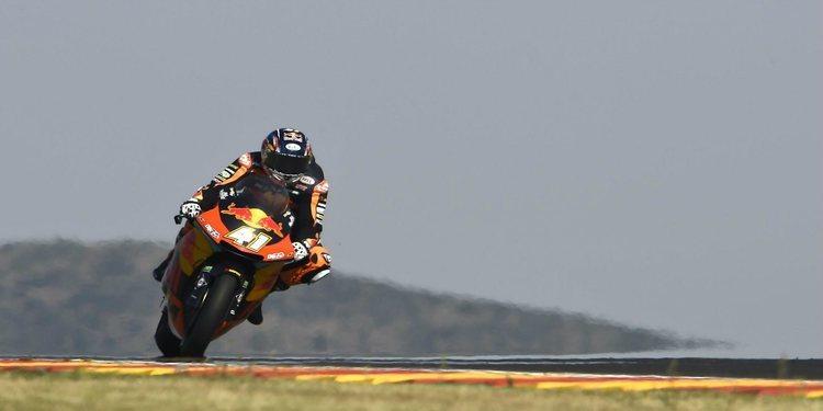 Brad Binder consigue su primera pole de Moto2 en Aragón