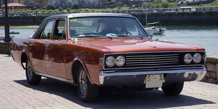 Hablemos de un clásico, el Dodge 3700