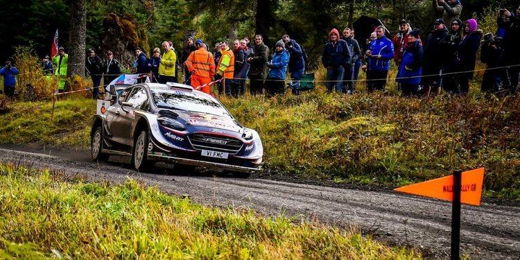 Rally de Gales 2018: Neuville, Tanak y Ogier, al límite sobre barro